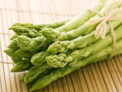 menu agli asparagi